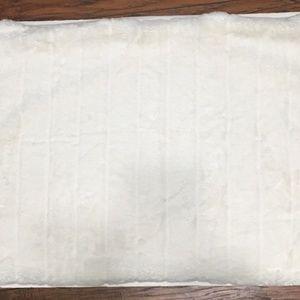 2 Ugg Alpine Faux Fur Standard Pillowcase Sham